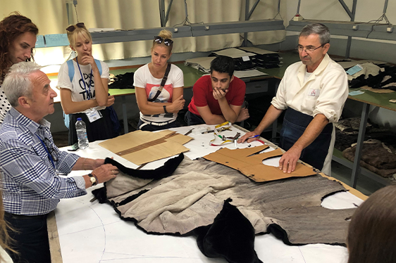 Video: Young People Discover the Fur Supply Chain